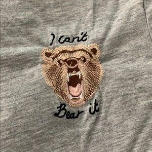 """gray tee """"i can't bear it!"""""""